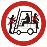 Tablica Zakaz przewozu osób na urządzeniach transportowych 1  10,5x10,5
